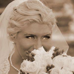 Cincinnati Weddings, Cincinnati Makeup Artist, Cincinnati Hairstylist, On Site Hair Stylist, On Site Makeup Artist, Cincinnati Wedding Makeup, On Location Weddings, On Site Weddings