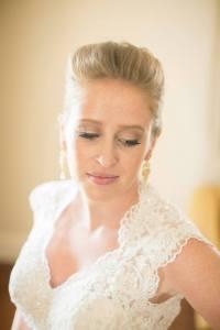 onsite hair, onsite makeup, wedding hairstylists, wedding makeup, on location hairstylist, cincinnati makeup artists, airbrush makeup, wedding makeup, wedding hair, fake lashes