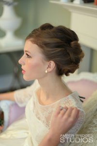 Amber Bridges Studios, Cincy Weddings By Maura, Classic Wedding Hair, Cincinnati Hairstylists, Cincinnati wedding hair, On Site Hairstylist, On Location Hairstylist, Cincinnati Weddings, Northern Kentucky Weddings, Airbrush Makeup, Cincinnati Wedding Airbrush Makeup,