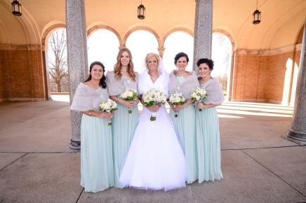 Winter Cincinnati Bridal Party Alms Park