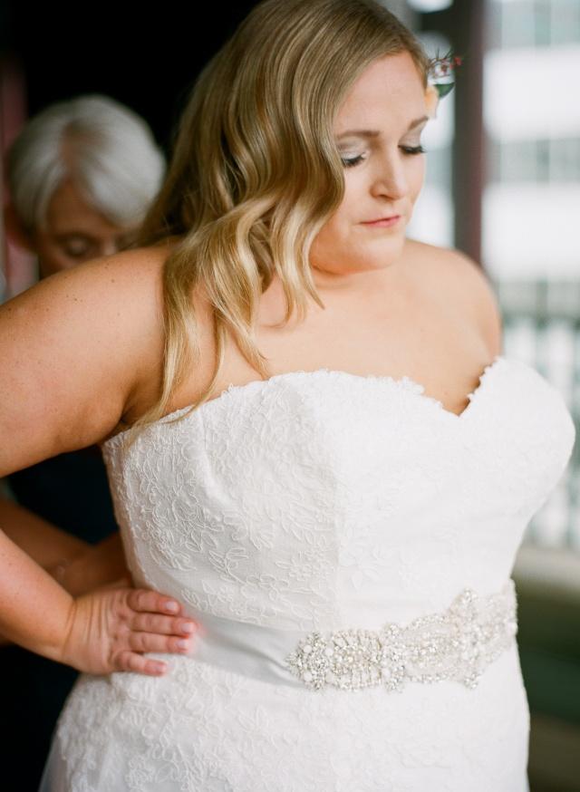 denver colorado spring bride | rollers & rouge