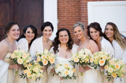Ohio Spring Bridal Party Peach Palette