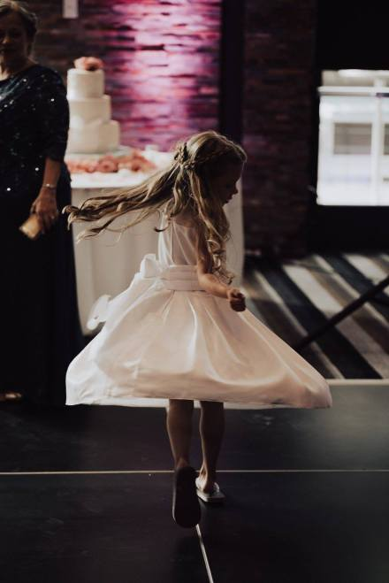 Flower girl Twirl