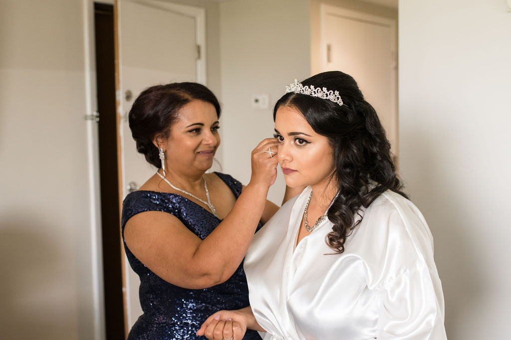 Rollers & Rouge, Cincinnati Wedding Makeup, Cincinnati Wedding Hair, Cincinnati Wedding Hair and Makeup, Cincinnati Airbrush Makeup Artist